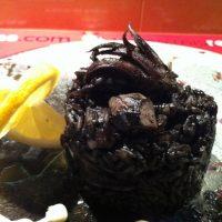 Risotto de calamar en su tinta